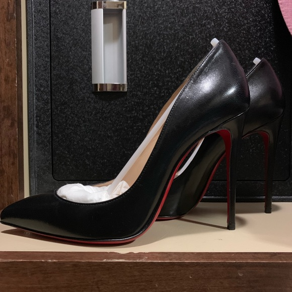 sale retailer f6beb 061a3 Christian Louboutin So Kate Black Leather sz 37